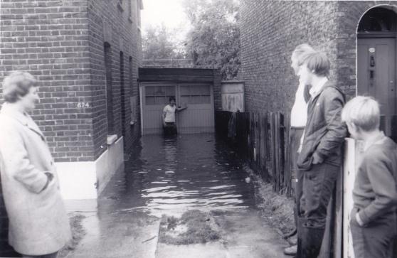 AG (Garratt Lane1968)